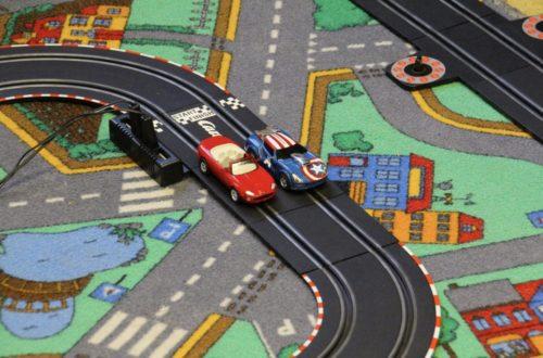 Tapis de jeu enfant voiture
